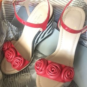 Kate spade wedges size 6